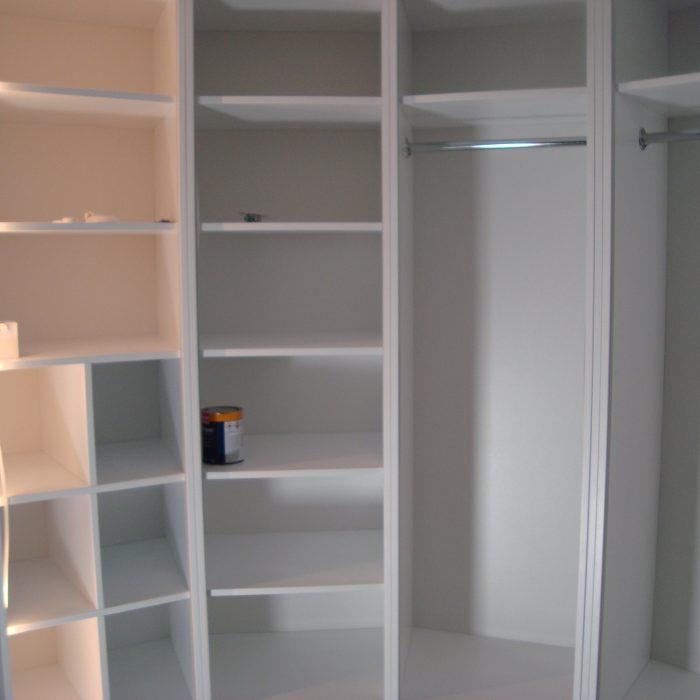 Drabužinės baldų gamyba nestandartiniai korpusiniai baldai Arūno baldai Kretingoje