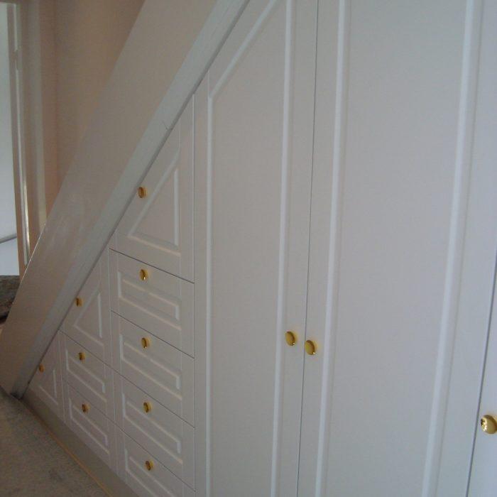 Spintų baldu gamyba nestandartiniai korpusiniai baldai Arūno baldai Kretingoje