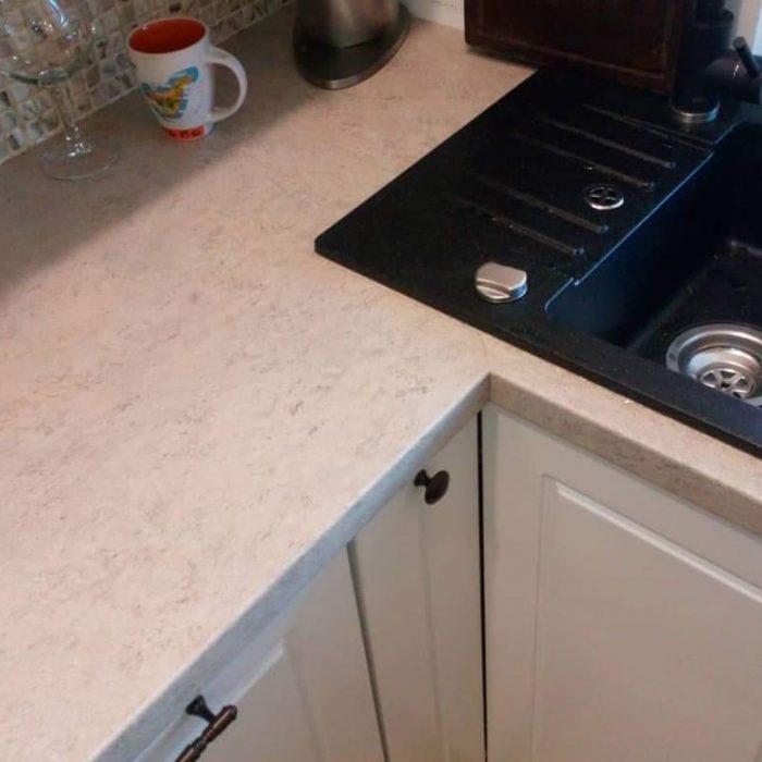 nestandartiniai baldai nestandartiniu baldu gamyba vonios baldai arunobaldaikretingoje nestandartiniai korpusiniai baldai15