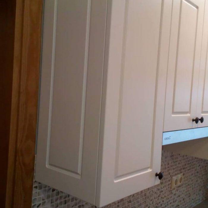 nestandartiniai baldai nestandartiniu baldu gamyba vonios baldai arunobaldaikretingoje nestandartiniai korpusiniai baldai16