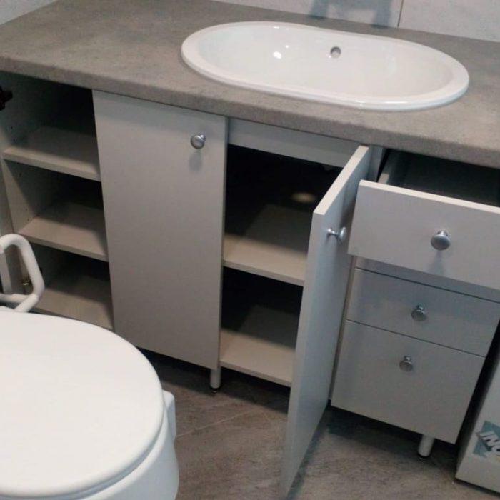 nestandartiniai baldai nestandartiniu baldu gamyba vonios baldai arunobaldaikretingoje nestandartiniai korpusiniai baldai3