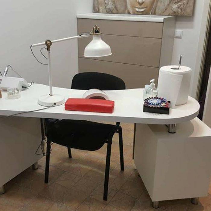 nestandartiniai korpusiniai darbo baldai aruno baldai kretingoje 1