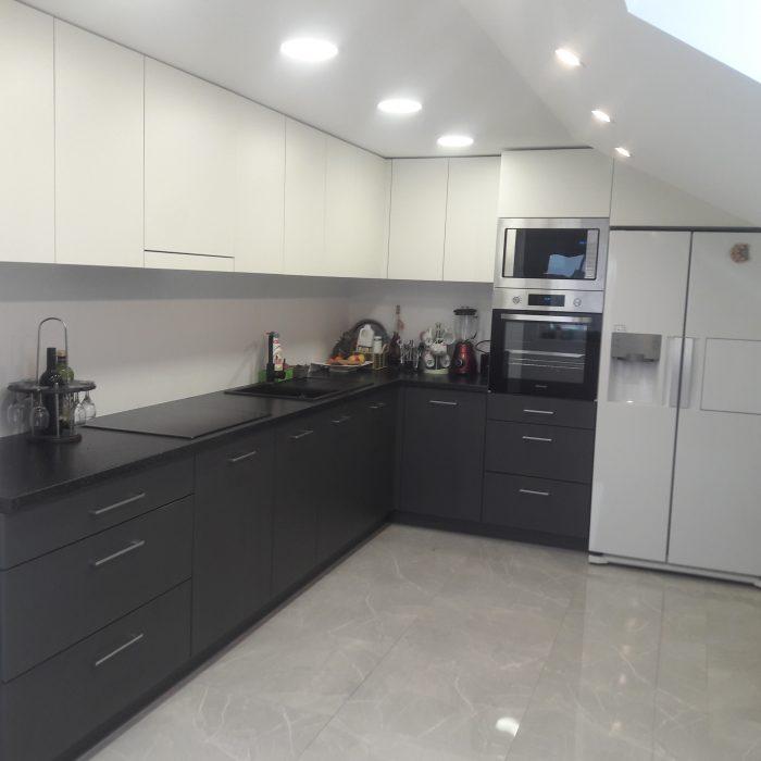 nestandartiniai korpusiniai virtuves baldai aruno baldai kretingoje 33
