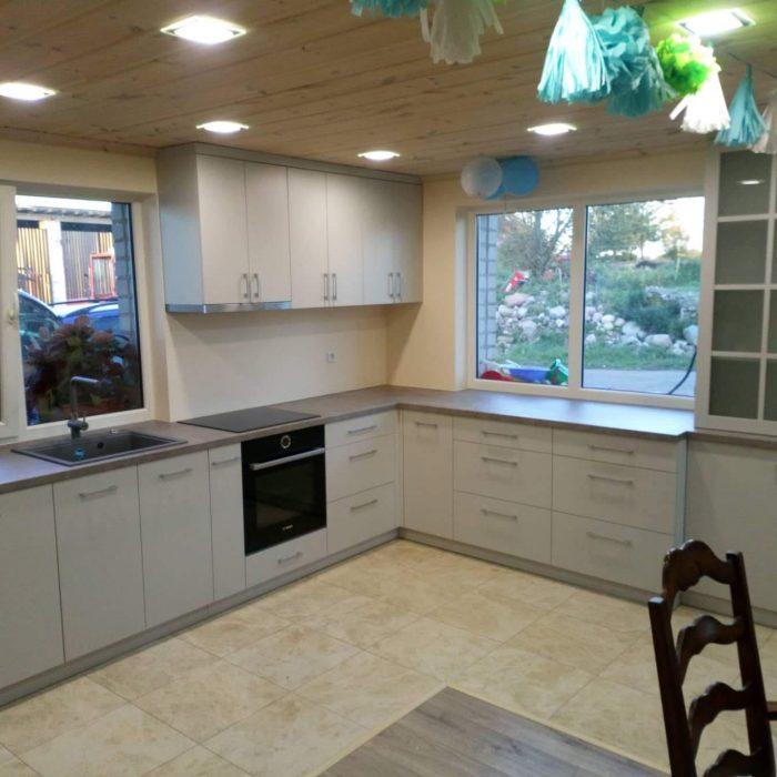 nestandartiniai korpusiniai virtuves baldai aruno baldai kretingoje 6