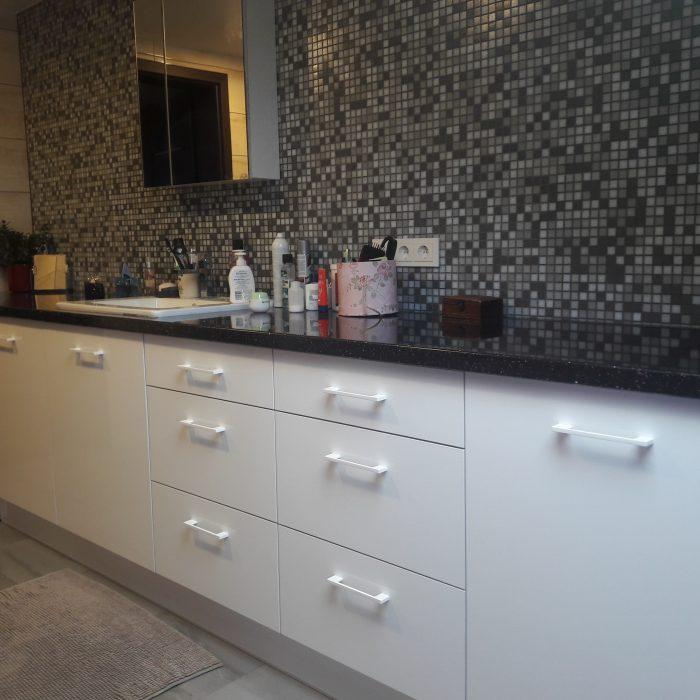 nestandartiniai korpusiniai vonios baldai aruno baldai kretingoje 10